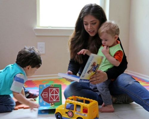 Solutions Journalism Partnership, Suncoast Campaign for Grade-Level Reading         Baby Talk Linked to Later Adolescent IQ