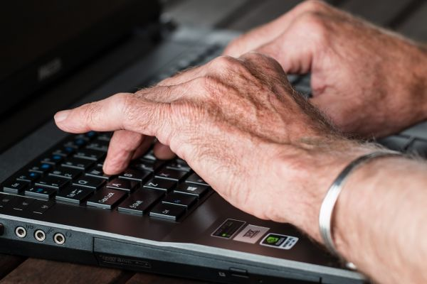 hands-typing