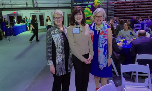 Photo: L–R Debra Jacobs, Diane McFarlin, Roxie Jerde