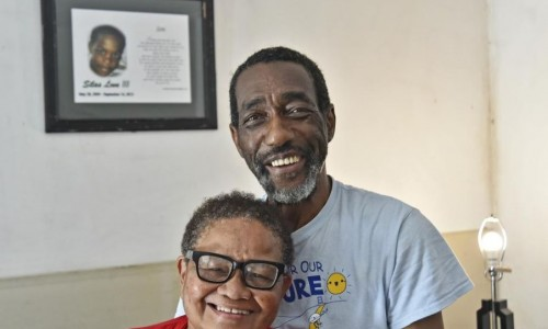 Photo: Newtown residents Tommy Lee Allen Sr. and his wife, Phyllis Allen