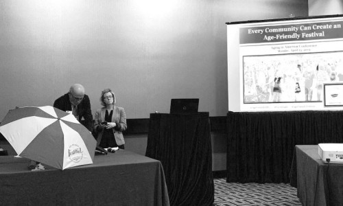 Photo: Erika Kelly and Bob Carter  presenting at the 2019  Aging in America (AiA) Conference